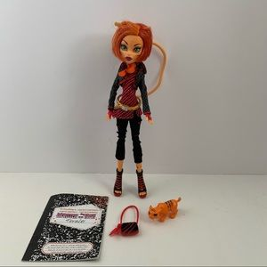 Monster High Doll Toralei first wave with pet